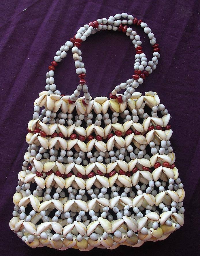 Stunning Pacific Islands Shell Purse or Handbag