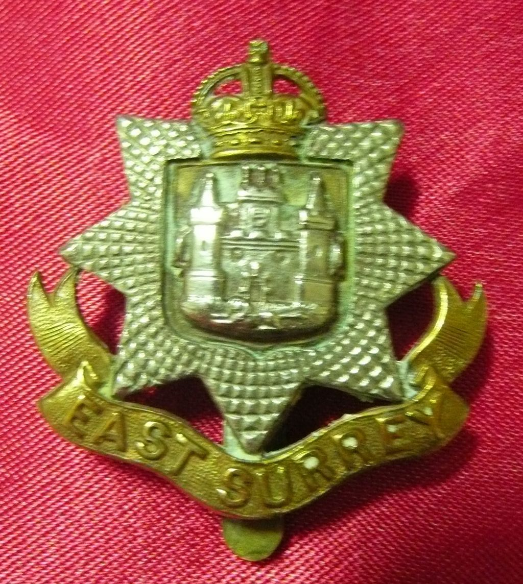 WW1 British Army Badge - East Surrey