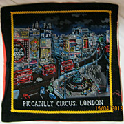 RETRO 70's &quot;Piccadilly Circus' London Tourist  Souvenir Cushion Cover