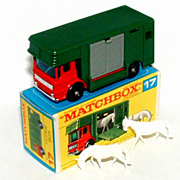 1960s Matchbox No 17 Horse Box in Box