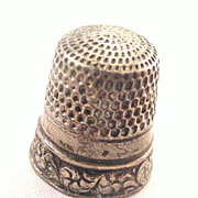 Early 1900s Sterling Floral Edge Design Thimble
