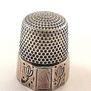 SOLD Early 1900s Sterling Tulip Design Size 11 Thimble