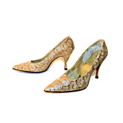 50's Vintage NOS Gold Lace Brocade Stilettos size 6.5AA