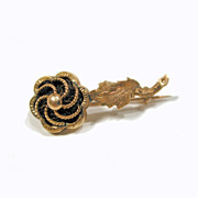 Rare Victorian Hair inside Gold Flower Rose Mourning Pin