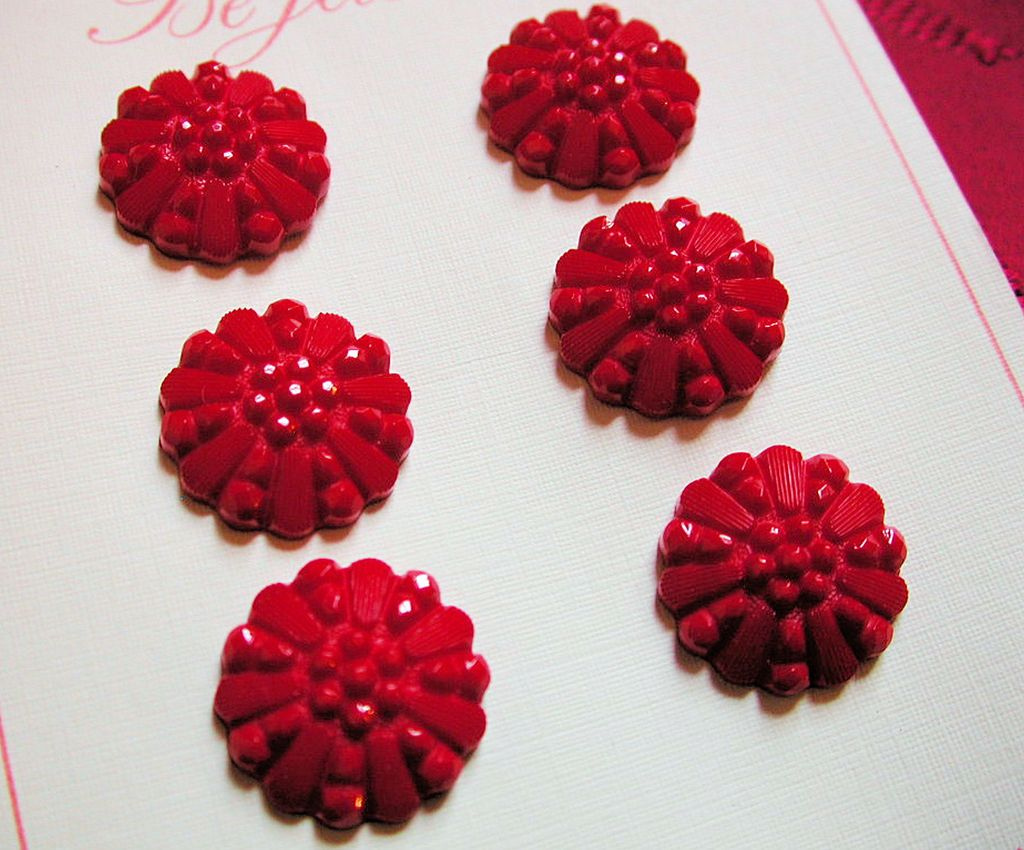 1940s Set of 6 Dark Red Carved Plastic Buttons