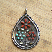 Signed Vintage Zuni Sterling Silver Gemstone Flower Pendant