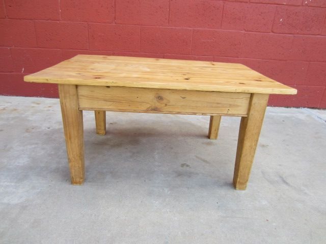 Riverside Furniture Coffee Table