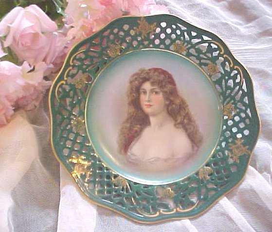 GORGEOUS!  Bavarian LADY Portrait Plate