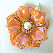 Vintage 1960's Retro Mod Peach Enameled Flower Pin with Center Faux Pearl