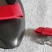 MUSI Shoe Clip � Red Faille