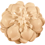 MUSI Shoe Clip � White Leather Flower