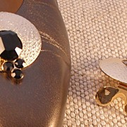 MUSI Round Shoe Clip with Jet Colored Stones