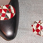 MUSI Oval Red/White Harlequin Epoxied Shoe Clip