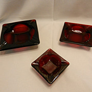 Vintage Anchor Hocking Royal Ruby Square Ashtray Set