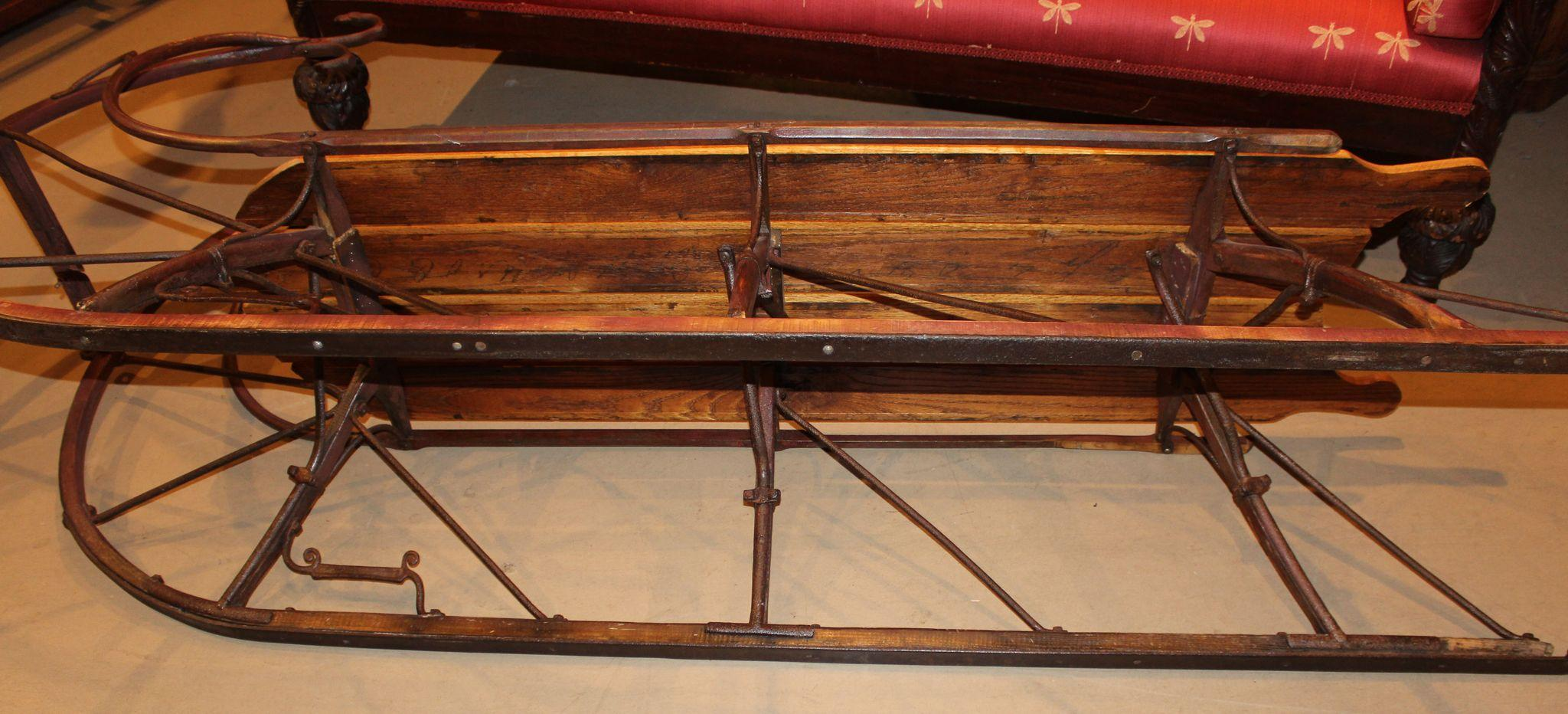 Sleigh coffee tables 19th century american sleigh as coffee table at 1stdibs coffee table in Antique sleigh coffee table