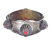 Vintage Tribal Style Hinged Bangle Bracelet
