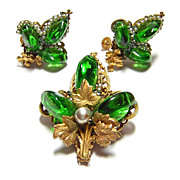 Vintage Miriam Haskell Green Glass Bead Brooch & Earrings Set