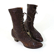 ca. Edwardian to Teens Ladies Brown Leather Oxford Style Boots