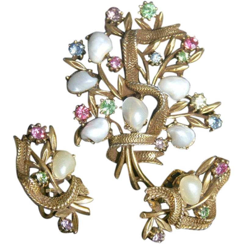 CORO-Faux Baroque Pearls-Floral Brooch & Clip Earrings-Pastel Bouquet