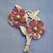 Terrific 1940�s Flower Pin - Pink Petals and White Leaves