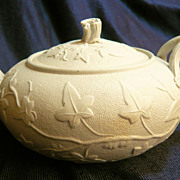 Thomas Till & Son ivy patterned teapot, 1850-61