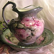 Absolutely Superb Painted Artistry of Gorgeous Romantic Roses ~ Stunning Antique Unmarked LIMO