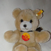 "7 1/2"" Steiff Bear Original Tags"