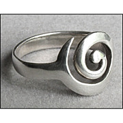 Vintage Modernist Sterling Silver Finger Ring