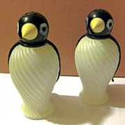 Tuxedo Penguins Salt and Pepper Shaker Set