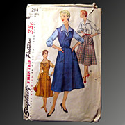 Vintage Simplicity Womans Dress Pattern