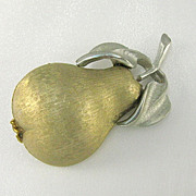 Vintage Figural Fruit Brushed Two Tone Pear Pin Brooch