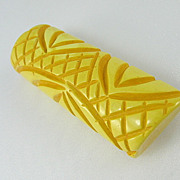 Vintage Carved Old Stock Butterscotch Bakelite Pin Brooch. Newer Back