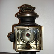 Antique Carriage Oil Or Kerosene Lamp