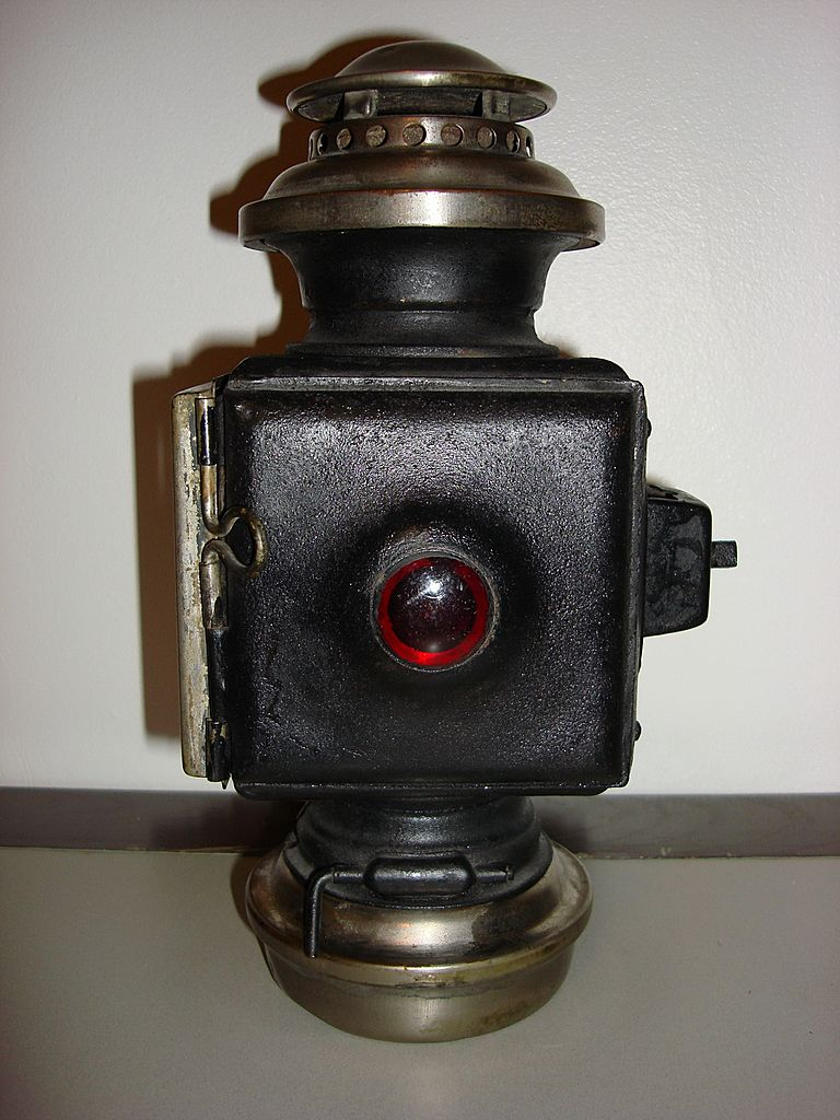 Antique Carriage Oil Or Kerosene Lamp From Ottosantiques