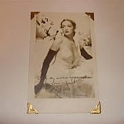 Autographed  Picture Of Dorothy Lamour 1940 Movie Star