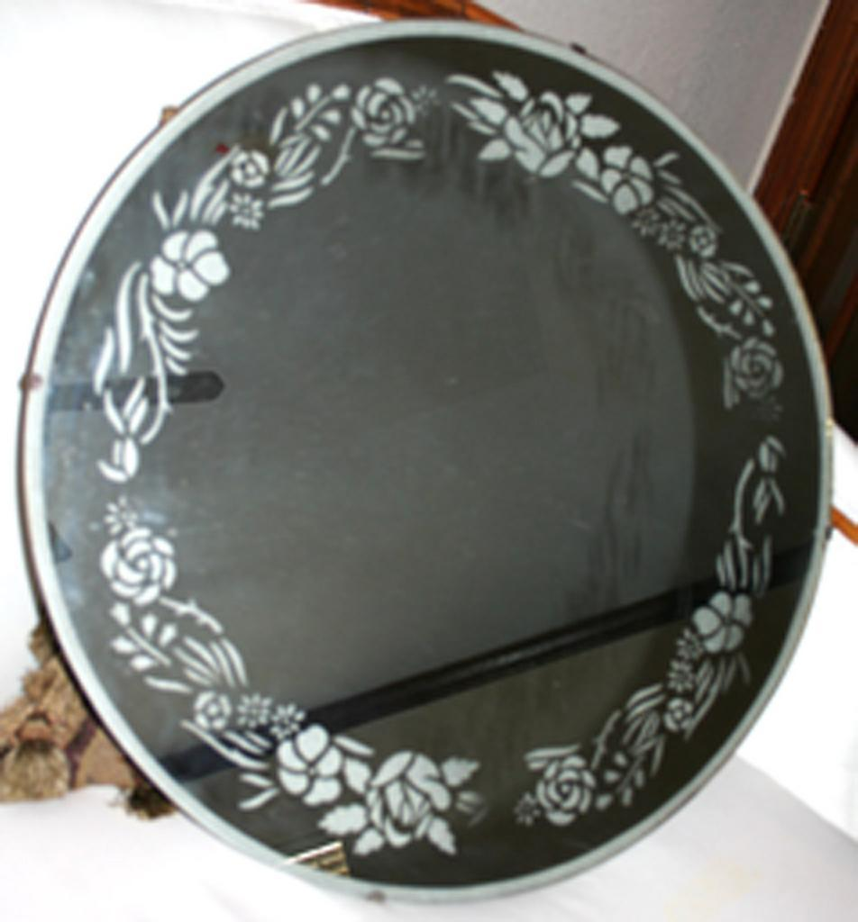 Etched round mirror from pamelascollections on ruby lane for Mirror glass design