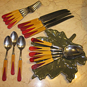 Vintage Two Tone Butterscotch & Red Bakelite Hull Stainless Flatware Service For 4
