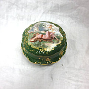 SALE Limoges Ladies Vanity Powder Trinket Box Green with Gilt Accents
