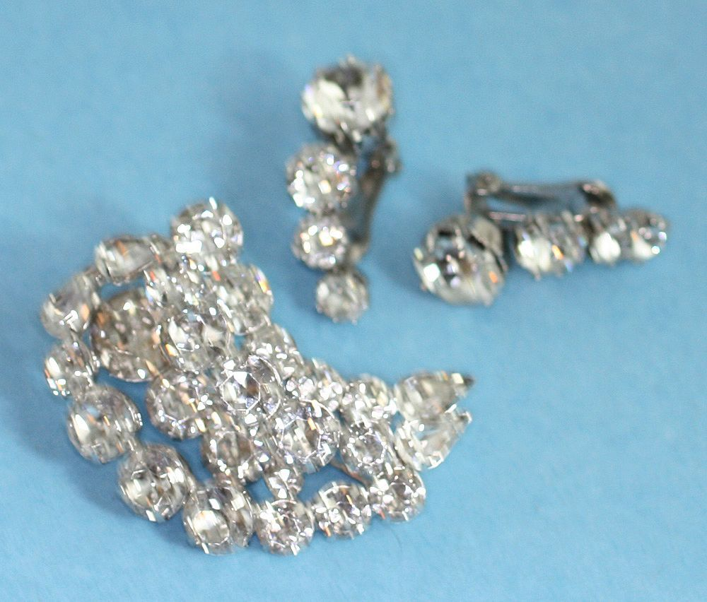 Vintage KRAMER Crystal Rhinestone Brooch and Earrings