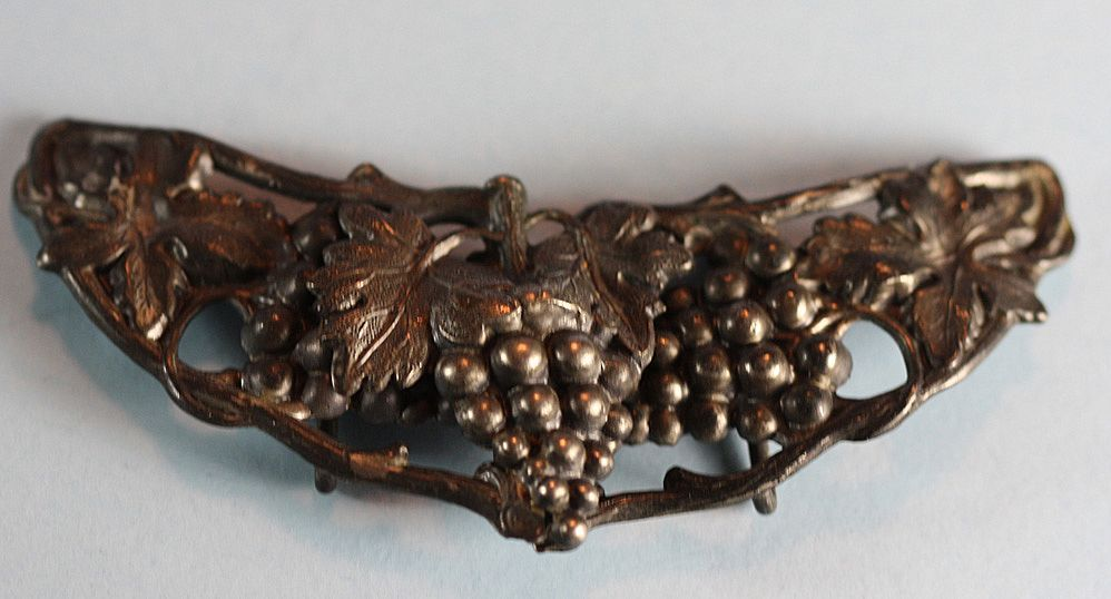 Vintage Art Nouveau Grape Leaf Motif Metal Buckle