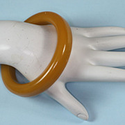 Vintage Bakelite Bangle Bracelet Butterscotch Yellow