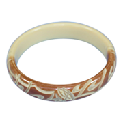 Vintage Tan and Cream Resin Bangle Bracelet Deeply Carved