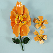 Mod Orange Flower Power Brooch and Earrings Set