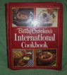 Book - Betty Crockers International Cook Book
