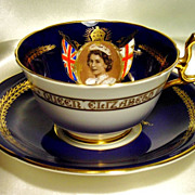 Magnificent Aynsley Tea Cup & Saucer~ British Royalty ~ Queen Elizabeth II ~ Sepia Portrait ~