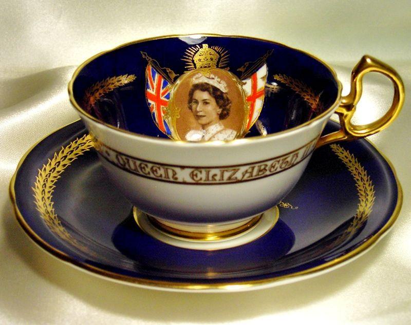 royal doulton elizabeth ii and royals on pinterest. Black Bedroom Furniture Sets. Home Design Ideas