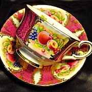 Paragon Cabinet Tea Cup & Saucer ~ Fruit Cartouche on Hot Pink