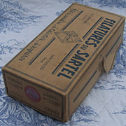 Antique box of 36  French silk spools of thread