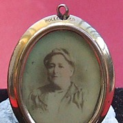 Antique Victorian rolled gold English photo locket pendant