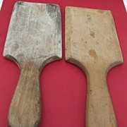 Vintage Victorian pair of wooden butter paddles